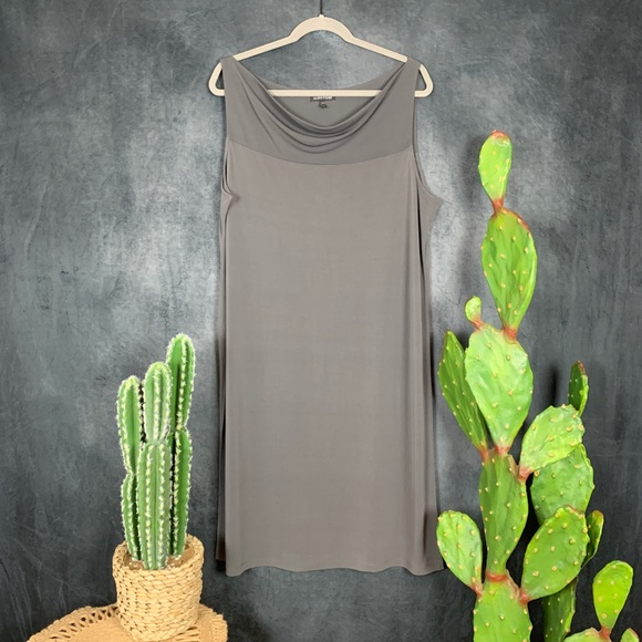 Eileen Fisher Dresses & Skirts - 🌵 Eileen Fisher 100% Silk Drapey Gray Maxi Dress